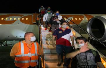 Am vergangenen Freitag trafen 130 kubanische Ärzte in Caracas ein, um beim Kampf gegen die Corona-Pandemie zu helfen